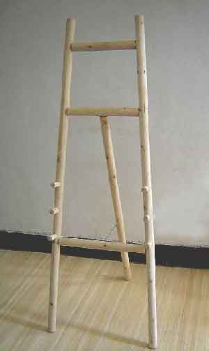WDE Series Log Wood Display Easel
